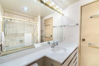 "Photo 17: 1901 738 BROUGHTON Street in Vancouver: West End VW Condo for sale in ""Alberni Place"" (Vancouver West)  : MLS®# R2396844"