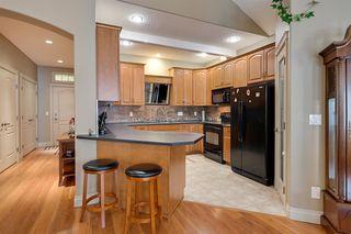 Photo 10: 503 10178 117 Street in Edmonton: Zone 12 Condo for sale : MLS®# E4170804
