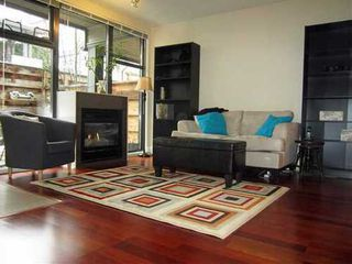 Photo 5: 3659 COMMERCIAL Street in Vancouver East: Home for sale : MLS®# V1047999