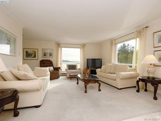 Photo 4: 2133 2600 Ferguson Rd in SAANICHTON: CS Turgoose Condo Apartment for sale (Central Saanich)  : MLS®# 831705