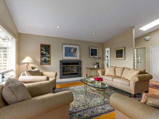 Photo 3: 1254 ESQUIMALT AVENUE in West Vancouver: Ambleside House for sale : MLS®# R2275871