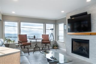 "Photo 3: 102 15129 MARINE Drive: White Rock Condo for sale in ""SAN JUAN TERRACE"" (South Surrey White Rock)  : MLS®# R2431865"