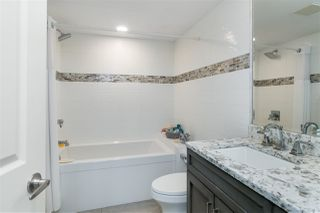 "Photo 11: 102 15129 MARINE Drive: White Rock Condo for sale in ""SAN JUAN TERRACE"" (South Surrey White Rock)  : MLS®# R2431865"