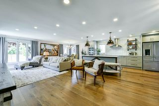 Photo 3: 1290 MORRIS Crescent in Delta: Beach Grove House for sale (Tsawwassen)  : MLS®# R2477159