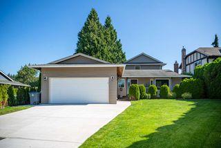 Main Photo: 14233 18 Avenue in Surrey: Sunnyside Park Surrey House for sale (South Surrey White Rock)  : MLS®# R2482852