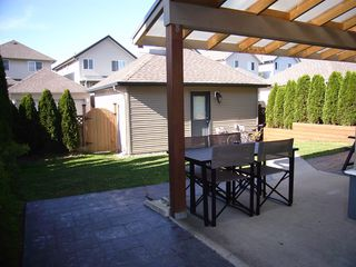Photo 8: 19049 69TH Ave in Cloverdale: Clayton Home for sale ()  : MLS®# F1216846