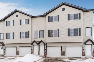 Photo 1: 63 135 Pawlychenko Lane in Saskatoon: Lakewood S.C. Residential for sale : MLS®# SK837452