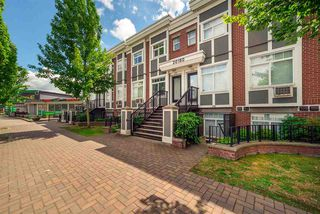 """Photo 1: 279 20180 FRASER Highway in Langley: Langley City Condo for sale in """"PADDINGTON STATION"""" : MLS®# R2527250"""