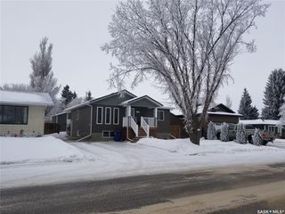 Photo 2: 424 3rd Avenue West in Unity: Residential for sale : MLS®# SK839004
