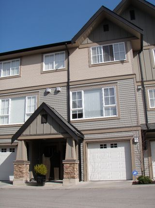 """Main Photo: 109 2501 161A Street in Surrey: Grandview Surrey Townhouse for sale in """"HIGHLAND PARK"""" (South Surrey White Rock)  : MLS®# F1007157"""