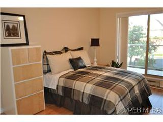 Photo 6: 202 945 McClure Street in VICTORIA: Vi Fairfield West Condo Apartment for sale (Victoria)  : MLS®# 287984
