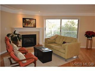 Photo 12: 202 945 McClure Street in VICTORIA: Vi Fairfield West Condo Apartment for sale (Victoria)  : MLS®# 287984