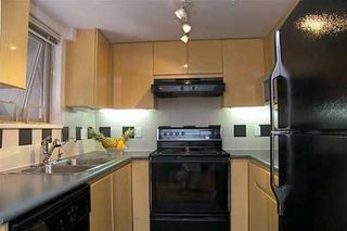 """Photo 4: 108 1195 W 8TH AV in Vancouver: Fairview VW Condo for sale in """"ALDER COURT"""" (Vancouver West)  : MLS®# V610123"""