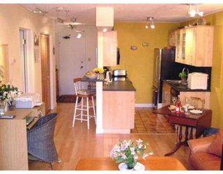 "Photo 3: 101 2125 W 2ND Avenue in Vancouver: Kitsilano Condo for sale in ""SUNNY LODGE"" (Vancouver West)  : MLS®# V537499"