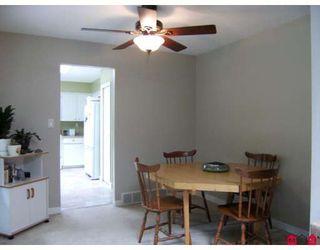 """Photo 3: 6821 WESTVIEW Drive in Delta: Sunshine Hills Woods House for sale in """"SUNSHINE HILLS"""" (N. Delta)  : MLS®# F2828401"""