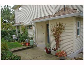 """Main Photo: 20 4321 SOPHIA Street in Vancouver: Main Townhouse for sale in """"WELTON COURT"""" (Vancouver East)  : MLS®# V741284"""