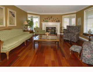 Photo 3: 6300 CHELMSFORD Street in Richmond: Granville House for sale : MLS®# V775796
