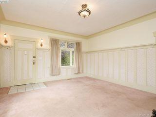 Photo 5: 967 Cloverdale Avenue in VICTORIA: SE Quadra Single Family Detached for sale (Saanich East)  : MLS®# 413505