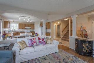 Photo 5: 8944 175 Avenue in Edmonton: Zone 28 House for sale : MLS®# E4169508