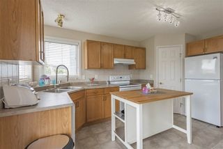 Photo 7: 8944 175 Avenue in Edmonton: Zone 28 House for sale : MLS®# E4169508