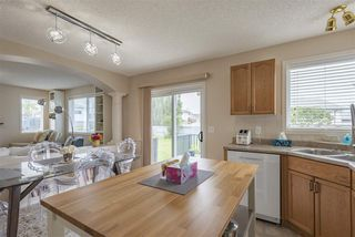 Photo 9: 8944 175 Avenue in Edmonton: Zone 28 House for sale : MLS®# E4169508