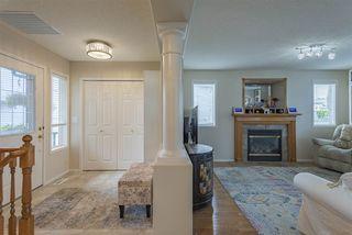 Photo 3: 8944 175 Avenue in Edmonton: Zone 28 House for sale : MLS®# E4169508