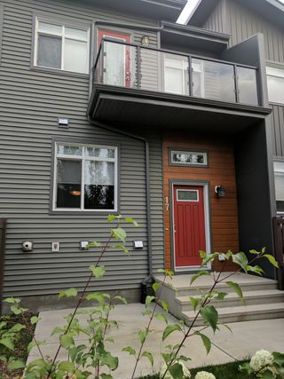 Photo 1: 17, 7503 Getty Gate in Edmonton: Townhouse for rent