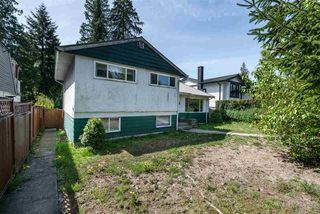 Photo 2: 945 E 13TH Street in North Vancouver: Boulevard House for sale : MLS®# R2404138