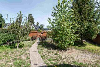 Photo 3: 945 E 13TH Street in North Vancouver: Boulevard House for sale : MLS®# R2404138