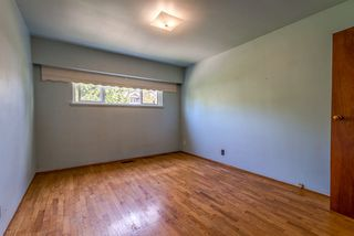 Photo 16: 945 E 13TH Street in North Vancouver: Boulevard House for sale : MLS®# R2404138