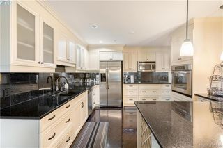 Photo 26: 9 33 Songhees Road in VICTORIA: VW Songhees Row/Townhouse for sale (Victoria West)  : MLS®# 420598