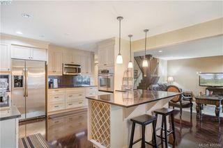 Photo 15: 9 33 Songhees Road in VICTORIA: VW Songhees Row/Townhouse for sale (Victoria West)  : MLS®# 420598