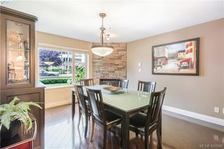 Photo 16: 9 33 Songhees Road in VICTORIA: VW Songhees Row/Townhouse for sale (Victoria West)  : MLS®# 420598