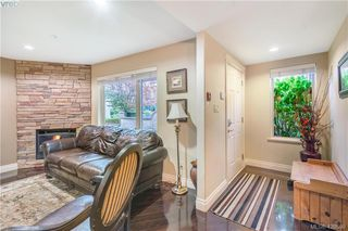 Photo 33: 9 33 Songhees Road in VICTORIA: VW Songhees Row/Townhouse for sale (Victoria West)  : MLS®# 420598