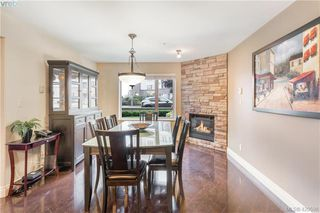 Photo 5: 9 33 Songhees Road in VICTORIA: VW Songhees Row/Townhouse for sale (Victoria West)  : MLS®# 420598