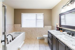 Photo 4: 9 33 Songhees Road in VICTORIA: VW Songhees Row/Townhouse for sale (Victoria West)  : MLS®# 420598