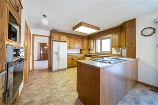 Photo 3: 43 Kingsborough Drive in Winnipeg: Linden Woods Residential for sale (1M)  : MLS®# 202001353
