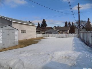 Photo 14: 914 O Avenue South in Saskatoon: King George Residential for sale : MLS®# SK803939