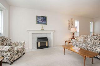 Photo 3: 7541 GARNET Drive in Sardis: Sardis West Vedder Rd House for sale : MLS®# R2455388