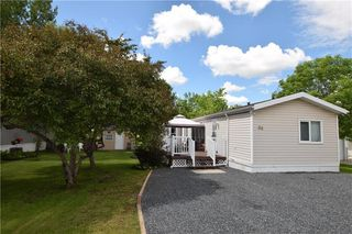 Photo 1: 36 VERNON KEATS Drive in St Clements: Pineridge Trailer Park Residential for sale (R02)  : MLS®# 202014656