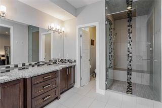Photo 17: 1611 BROADVIEW Road NW in Calgary: Hillhurst Semi Detached for sale : MLS®# C4304798