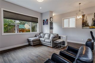 Photo 9: 1611 BROADVIEW Road NW in Calgary: Hillhurst Semi Detached for sale : MLS®# C4304798