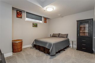 Photo 29: 1611 BROADVIEW Road NW in Calgary: Hillhurst Semi Detached for sale : MLS®# C4304798