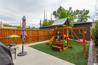 Photo 34: 1611 BROADVIEW Road NW in Calgary: Hillhurst Semi Detached for sale : MLS®# C4304798