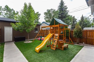 Photo 35: 1611 BROADVIEW Road NW in Calgary: Hillhurst Semi Detached for sale : MLS®# C4304798