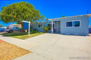 Photo 3: CLAIREMONT House for sale : 4 bedrooms : 3124 Haidas Ave in San Diego
