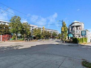 """Photo 19: 301 3480 MAIN Street in Vancouver: Main Condo for sale in """"THE NEWPORT"""" (Vancouver East)  : MLS®# R2503880"""
