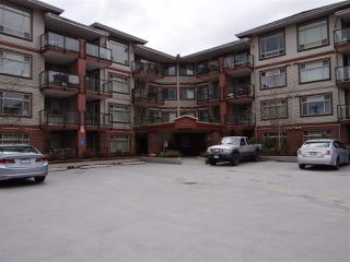 Photo 1: 331 2233 MCKENZIE Road in Abbotsford: Central Abbotsford Condo for sale : MLS®# R2505055