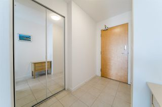 """Photo 7: 1704 1155 SEYMOUR Street in Vancouver: Downtown VW Condo for sale in """"The Brava"""" (Vancouver West)  : MLS®# R2508018"""