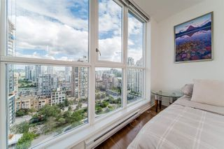 """Photo 10: 1704 1155 SEYMOUR Street in Vancouver: Downtown VW Condo for sale in """"The Brava"""" (Vancouver West)  : MLS®# R2508018"""